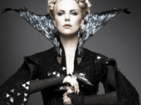 charlize theron look gothique