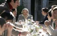 à table avec le patriarche michael Lonsdale dans Munich de Spielberg