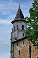 clocher octogonal de l'Eglise Notre-Dame d'Aïnoha [photo P.Sauvant]