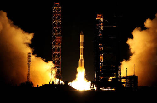 décollage fusée russe Proton-M depuis Baïkonour