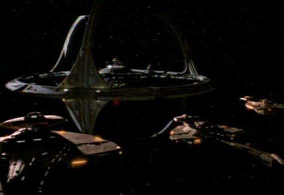vaisseaux cardassiens vs DS9  1er épisode