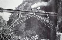 pont en arbalétriers du Faux-Namti entre le Tonkin et le Yunnan chinois (1910)