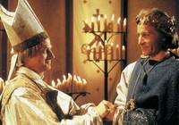 pape Léon III et Charlemagne (lino capolicchio et christian brendel dans la série)