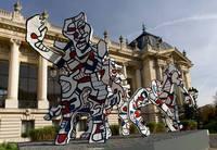 Jean-Dubuffet ''welcome parade'' devant le Grand Palais, FIAC 2013