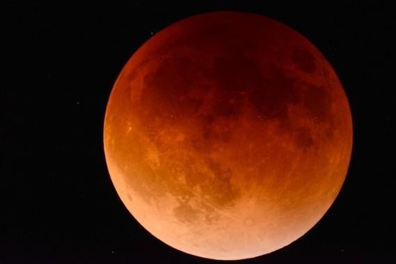 lune de sang125