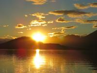 Coucher-de-soleil-sur-la-baie-dUshuaia