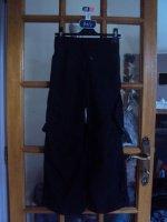 pantalon baggy noir neuf decathlon , 8 ans, 5 euros