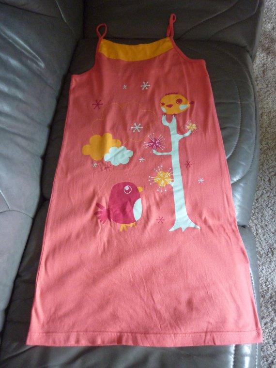 chemise de nuit, 10 ans  TBE 3 euros