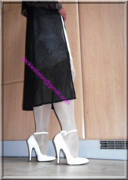 robe noir transparente 1