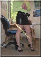 minijupe noir blouse verte 6