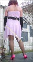 robe rose gants noir 39
