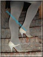 jupe noir collant gris