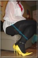 minijupe noir guepiere rouge 5