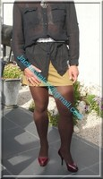 minijupe marron clair chemise transparente 4