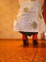 chaussures ouvertes rouge 10 cm minijupe noir bas resile 10