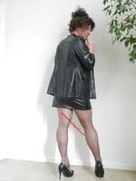 jupe noir vynil et veste vynil noir 7