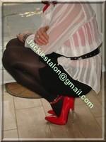 minijupe noir guepiere rouge 4