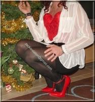 minijupe noir guepiere rouge 52