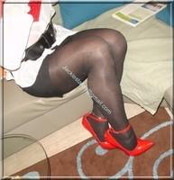 minijupe noir guepiere rouge 89