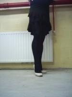 escarpins blanc avec robe noir1