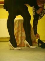 Escarpins beige avec robe noir5