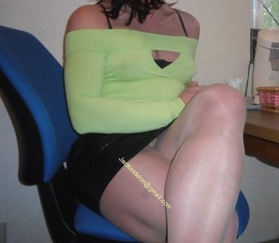minijupe noir blouse verte 4