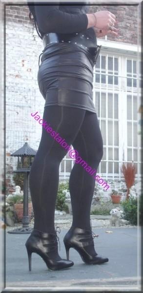 minijupe noir similie cuir 12
