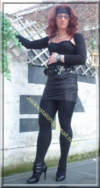 minijupe noir similie cuir 19