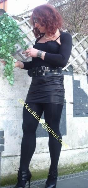 minijupe noir similie cuir 21