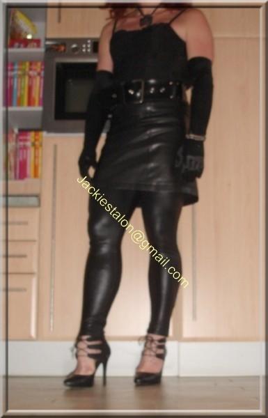 Legging similie cuir et jupe cuir 3