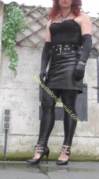 Legging similie cuir et jupe cuir 18