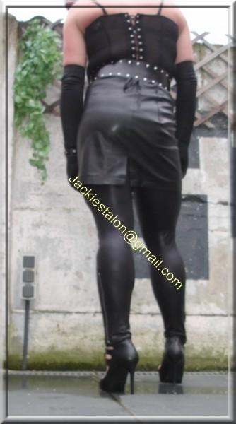 Legging similie cuir et jupe cuir 23