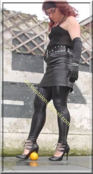Legging similie cuir et jupe cuir 57