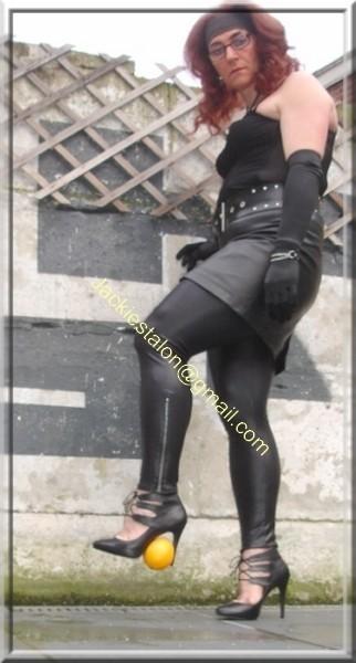 Legging similie cuir et jupe cuir 59