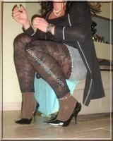 minijupe jeans top noir legging dentelle marron 6