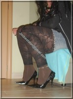 minijupe jeans top noir legging dentelle marron 8