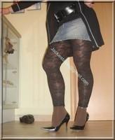 minijupe jeans top noir legging dentelle marron 16