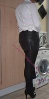 minijupe cuir chemise blanche 9