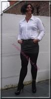 minijupe cuir chemise blanche 6