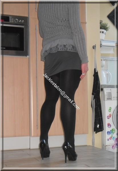 minijupe grise blouse grise 26
