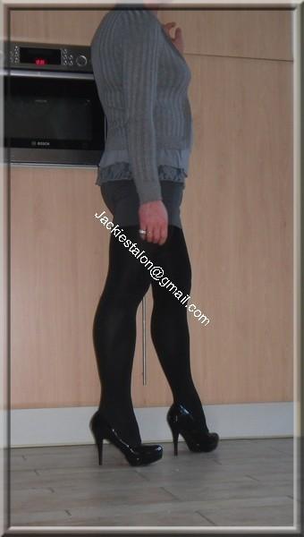 minijupe grise blouse grise 27