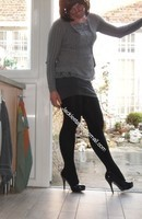 minijupe grise blouse grise 158