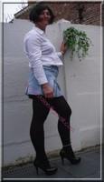 minijupe jeans chemise blanche25