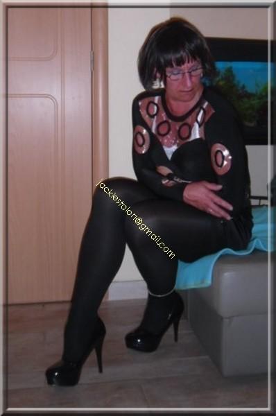 jupe noir a pailettes 5