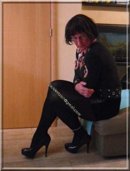 jupe noir a pailettes 4