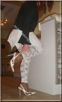 robe blanche collants dentelle 43