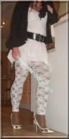 robe blanche collants dentelle 36