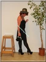 robe noir Laula paris 45