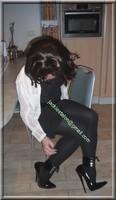 robe noir frou frou visage 69