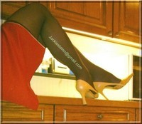 robe rouge bas noir 6
